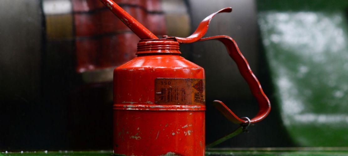 Öljynvaihto ei ole turhaa tai rahastusta, vaan sen avulla voit huolehtia autosi kunnosta.